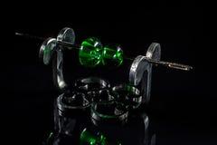 2 зеленых стеклянной бусины на стойке Стоковые Изображения RF