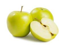 2 зеленых яблока с половиной Стоковое фото RF