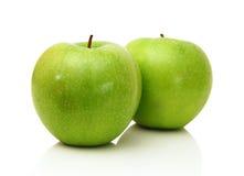 2 зеленых яблока Стоковая Фотография