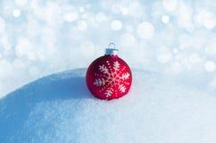 зима белизны снежинок предпосылки голубая Стоковая Фотография RF