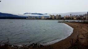 Зима Ванкувер гор здания пляжа ландшафта Стоковые Фото