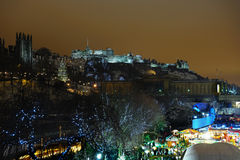 зима Великобритании снежка горизонта edinburgh Шотландии Стоковая Фотография