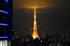 Зима взгляда башни токио стоковые изображения rf