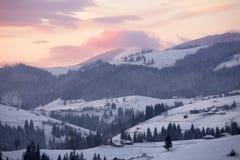 зима восхода солнца горы ландшафта Стоковые Фото