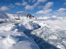 Зима в арктике - лед, море, горы, ледники - Шпицберген, Свальбард Стоковая Фотография RF