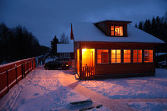 зима деревенского дома Стоковое фото RF
