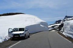 зима дороги автомобиля Стоковые Изображения