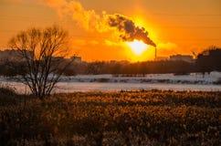зима захода солнца гор s вечера ural Стоковые Изображения