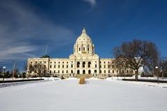 Зима, здание столицы государства, St Paul, Минесота, США стоковые фото