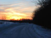 зима луны ландшафта hoarfrost пущи вечера стоковое изображение rf