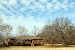 зима неба дома сельская Стоковое фото RF