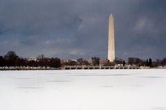 зима памятника стоковое фото