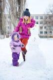 зима парка мати дочи Стоковая Фотография