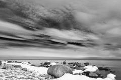 зима погоды береговой линии пляжа пасмурная Стоковое фото RF