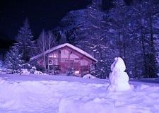 зима рождества chalet Стоковое Изображение