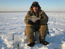 зима России transbaikalia рыболовства рыболова стоковые изображения rf