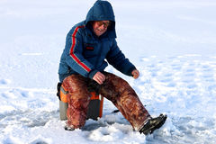 Зима рыболова на озере Стоковые Изображения RF