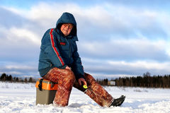 Зима рыболова на озере Стоковые Фото