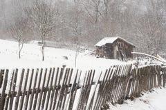 зима сарая пейзажа стоковое изображение rf