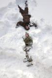 зима снежка положения праздников мальчика Стоковая Фотография RF