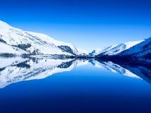 Зима спокойствия и безмятежности в Уэльсе Стоковое фото RF