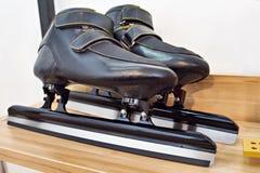 зима спорта скорости коньков катаясь на коньках Стоковое фото RF