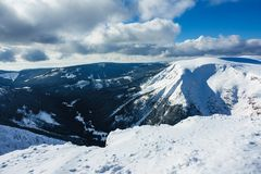 Зима с снегом в гигантских горах, чехией Стоковые Фотографии RF
