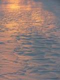 зима текстуры снежка sunlit Стоковое Изображение
