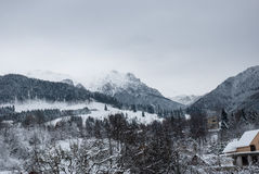 зима температуры России ландшафта 33c января ural Горное село в отрубях, румын Карпаты Стоковая Фотография