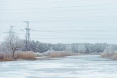 зима температуры России ландшафта 33c января ural Поддержки линии электропередач, электричество, линия, столбец Стоковые Фото