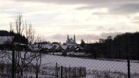 Зима церков в деревне Очень хорошее видео акции видеоматериалы