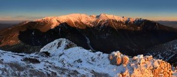 зима tatras захода солнца Словакии высокой горы Стоковое Фото