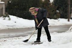 Зимнее время, снег извлекая от улицы Стоковое Изображение