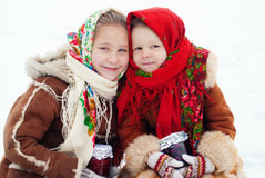 Зимнее время - счастливые каникулы на сельской местности Стоковое Фото