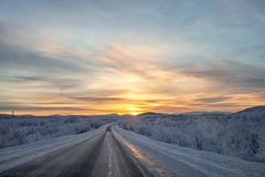 Зимний день захода солнца стоковое фото rf