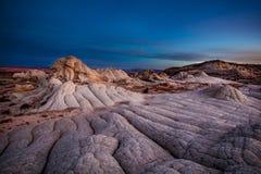 Зловещий восход солнца на белом карманн, Vermillion скалах стоковое изображение rf