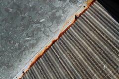 Змеевик конденсатора ржавчины стоковые фото