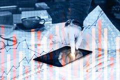 знаки профита доллара принципиальной схемы чалькулятора Стоковые Фото