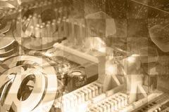 Знаки электронного устройства и почты стоковые изображения