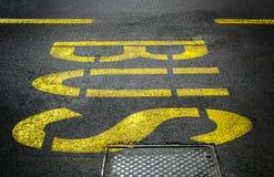 Знак автобусной остановки Стоковые Фотографии RF