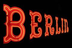 Знак Берлин неоновый Стоковое Фото