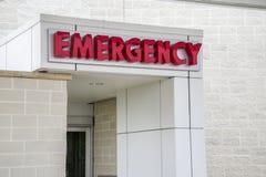 Знак больницы непредвиденный, вход Стоковое фото RF