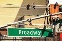 Знак 2 Бродвей Стоковая Фотография