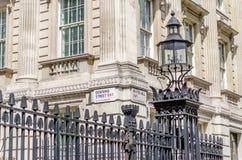 Знак Даунинг-стрит, Лондон Стоковые Изображения RF