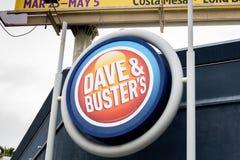 Знак Дэйв и барстера строя стоковые фото