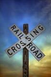 знак железной дороги скрещивания Стоковые Фотографии RF