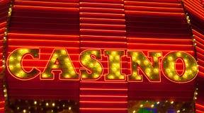 знак казино неоновый Стоковые Фотографии RF