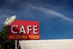 Знак кафа вдоль исторической трассы 66 стоковые изображения