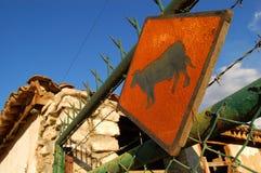 Знак коровы на перуанской ферме Стоковое фото RF