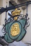 Знак кузнца Лондона на улице ломбарда Стоковые Фотографии RF